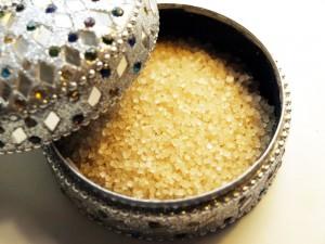 Brauner Zucker lässt sich toll in Peelings verarbeiten