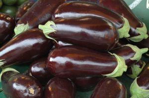Auberginen für Griechische Moussaka