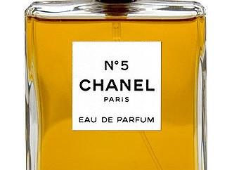 330px-CHANEL_No5_parfum