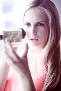 Make Up richtig aufgetragen hält auch im Sommer den ganzen Tag über